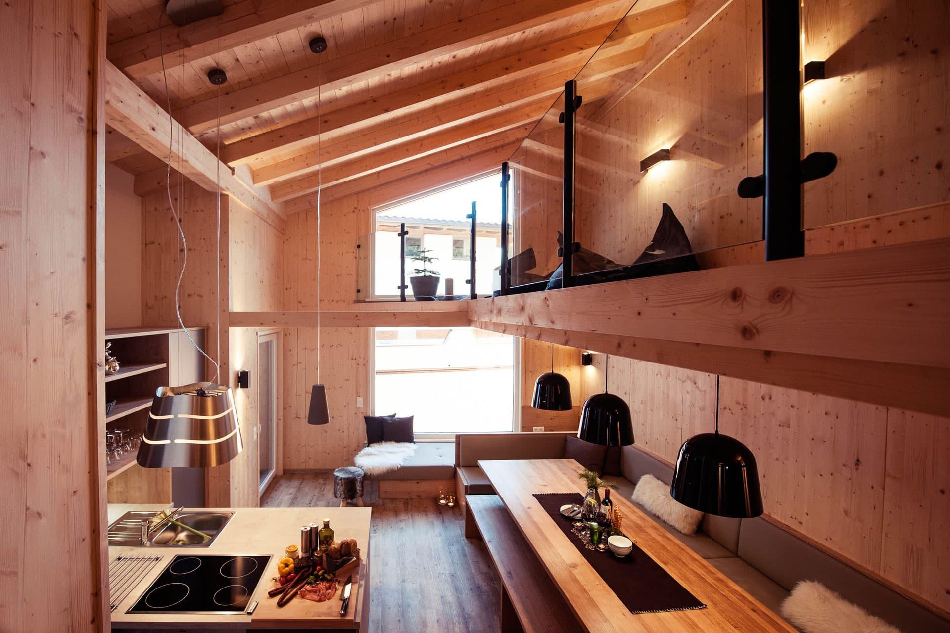 Essbereich Haus Wald von oben mit Galerie